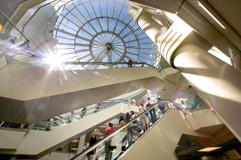ECE-Shopping-Center